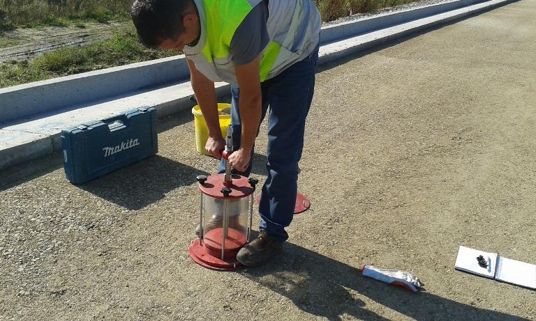 Ispitivanje-stupnja-zbijenosti-cementne-stabilizacije